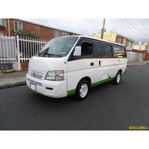 Nissan Urvan 2003