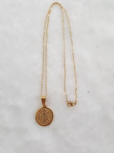 4a0033df1fd Medalla San Benito Con Cadena En Acero Quirúrgico Dorado