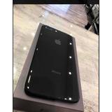 iPhone 8 Plus De 64gb, Con Accesorios, Perfecto Estado.
