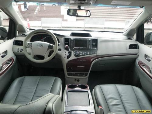 Toyota Sienna 2011 Foto 6