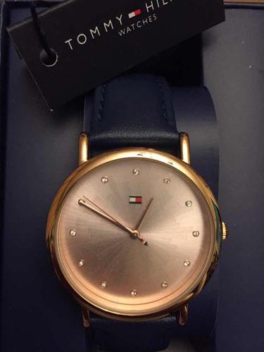 749f4dcd16de Auténtico Tommy Hilfiger Reloj Dama Blush Leather Strap