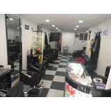 Salon De Belleza En Venta, Motivo Viaje!!