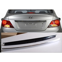 Hyundai Accent I25 Sedan Bisel Cromado Baul Original Hyundai