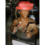 Escultura En Bronce Mujer Con Sombrero