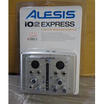 Interfaz De Grabación Usb Alesis Io2 Expreso 24-bit
