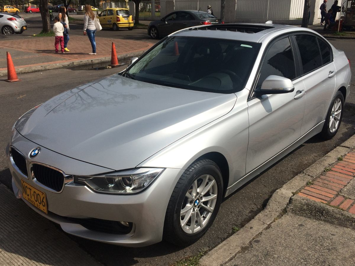 bmw serie 3 2013 320i at 2000 cc aa a o 2013 40000 km colombia. Black Bedroom Furniture Sets. Home Design Ideas