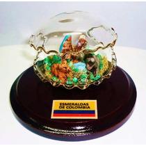 Pesebre Concha De Cristal Celular Con Murralla De Esmeralda
