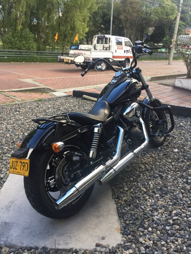 Harley Davidson Dyna Street Bob 2014