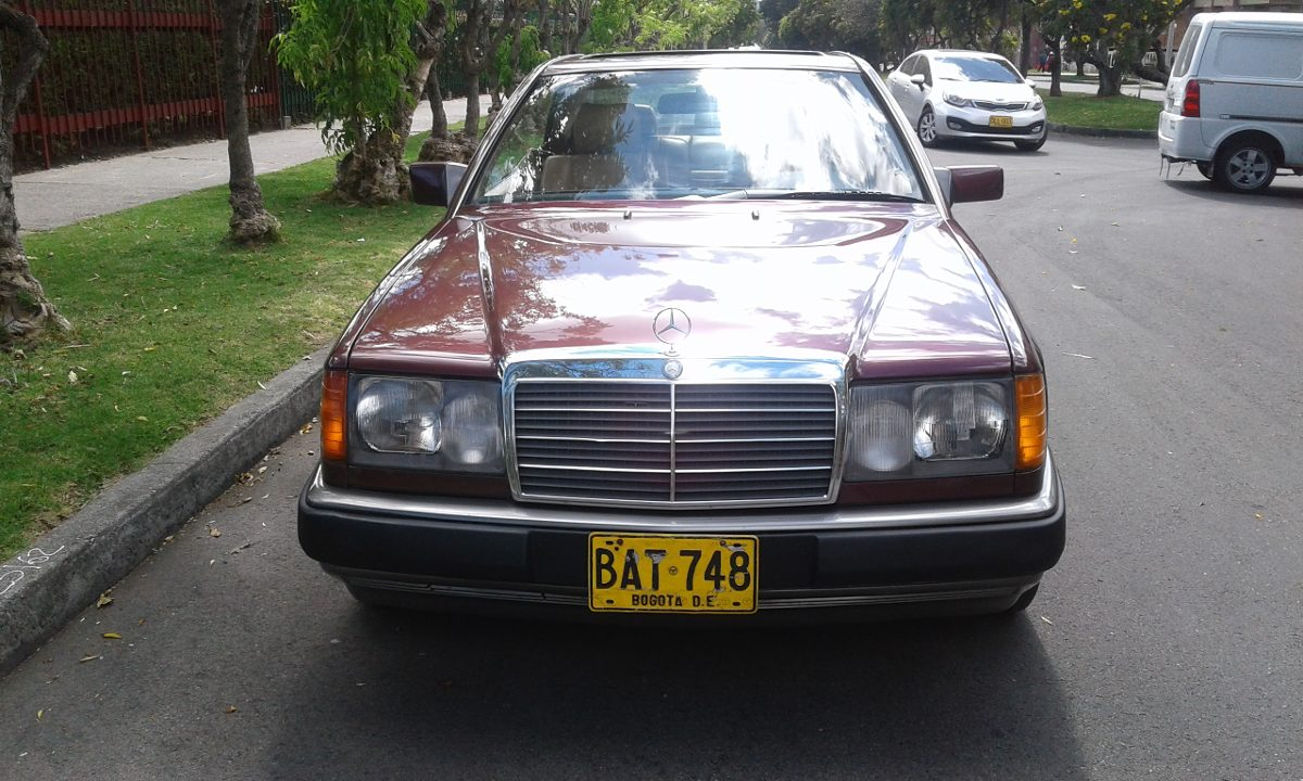 Mercedes benz 230ce colombia for Mercedes benz colombia