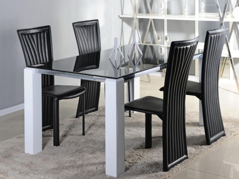 Mesa de comedor moderna poliuretano y vidrio ref irene en for Mesas de comedor de vidrio modernas