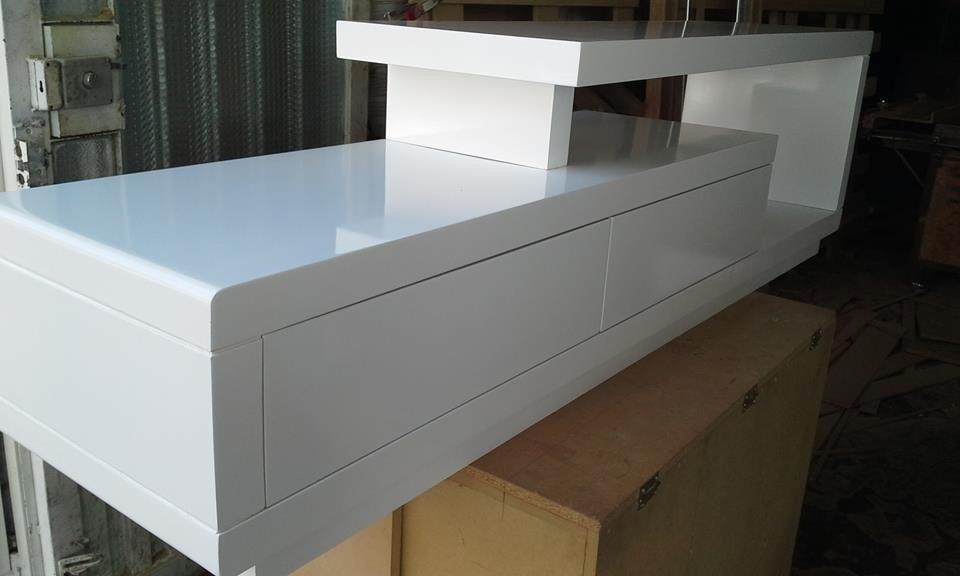 Muebles de televisores modernos muebles si ante todo for Muebles modernos montevideo