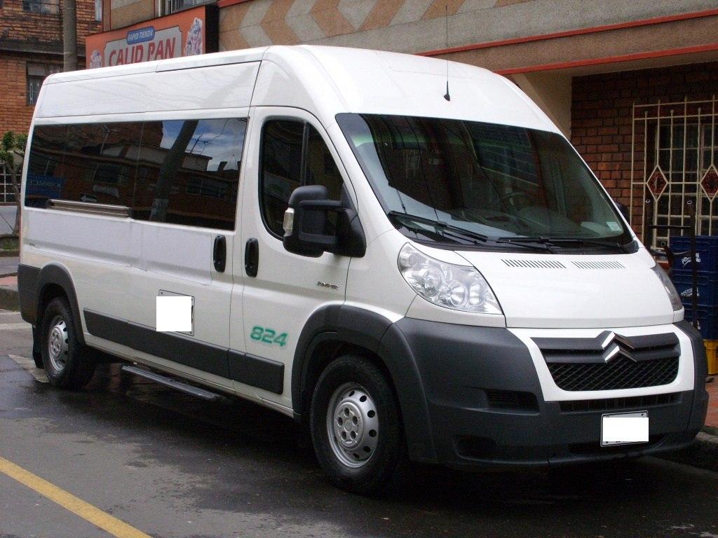 Servicio de transporte empresarial ejecutivo turismo van - Servicio de transporte ...