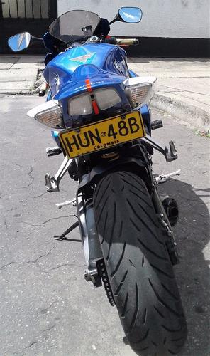 Suzuki Gsxr 600 Superbike