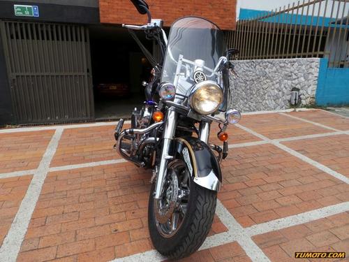 Yamaha V Star Custom